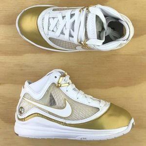 Nike Lebron VII QS Preschool Gold Basketball Shoes